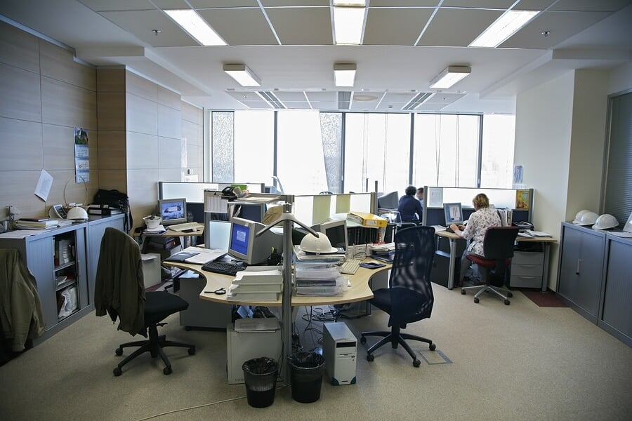 People-in-the-Office-Ergomotion